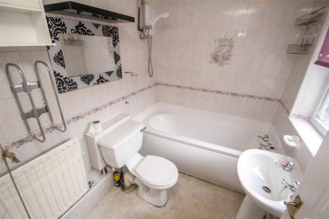 Family Bathroom of Wilks Street, Tunstall, Stoke-On-Trent ST6