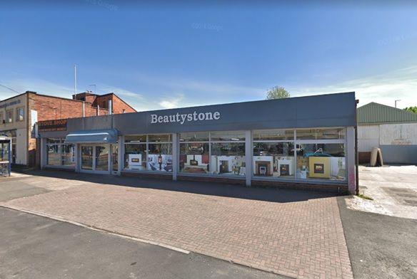 Thumbnail Retail premises to let in Stourbridge Road, Wolverhampton