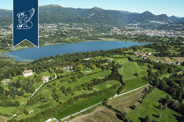 Thumbnail Villa for sale in Monguzzo, Como, Lombardia