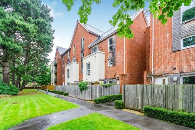 Thumbnail Flat for sale in Archers Road, Shirley, Southampton