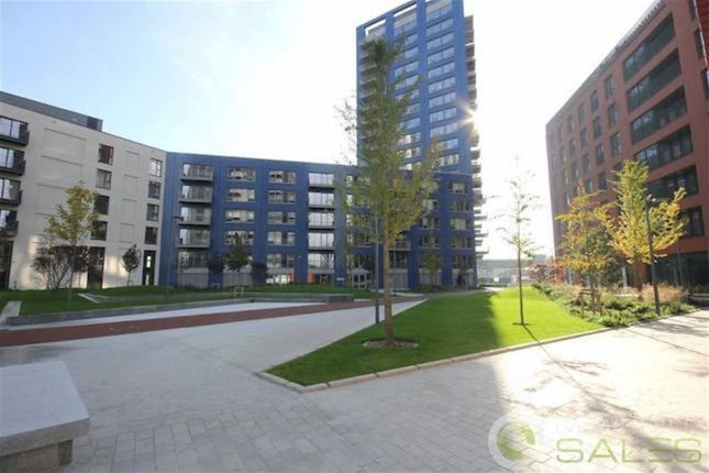 Thumbnail Flat for sale in City Island, Montagu Building, Canary Wharf, London