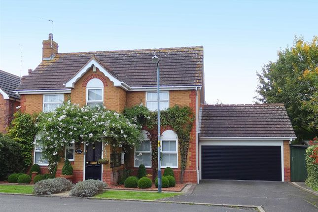 4 bed detached house for sale in Redwing Close, Bishopton, Stratford-Upon-Avon