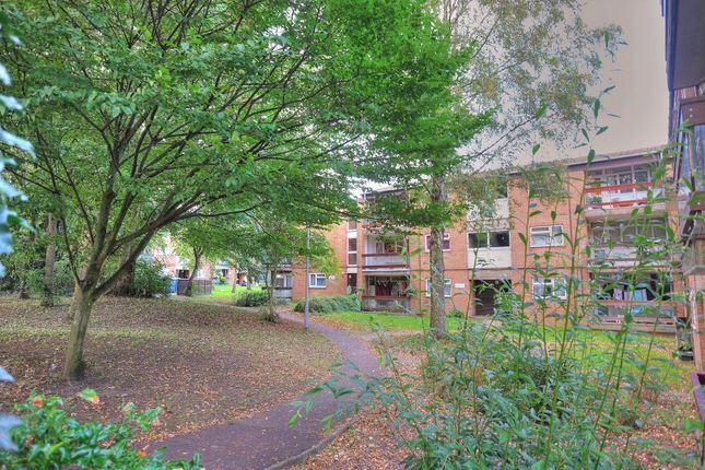 Thumbnail Flat for sale in Bussey Road, Norwich
