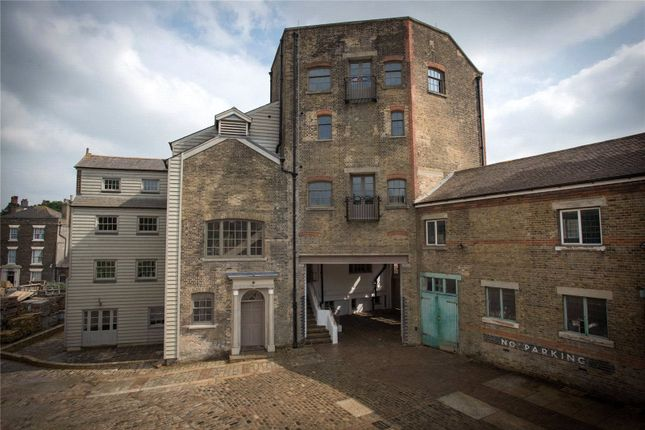 Thumbnail Flat for sale in Woodhams Brewery, Victoria House, 19 Victoria Street, Rochester
