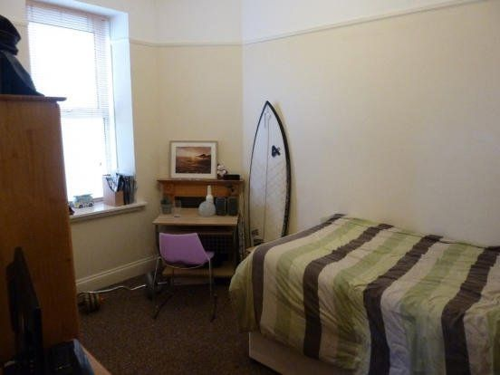 3 bed flat to rent in Durham Avenue, Plymouth