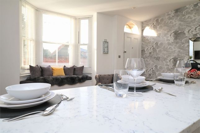 Thumbnail Flat for sale in High Street, Wivenhoe, Colchester, Essex