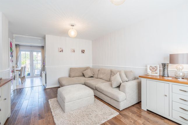 Lounge 2 of Tanners Crescent, Hertford SG13