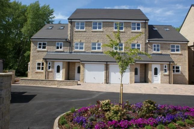 Thumbnail Town house for sale in River View, Weir Close, Padiham, Lancashire