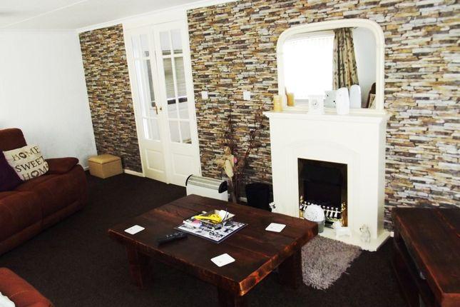 Lounge of Hawthorn Holiday Park, Bempton Lane, Bridlington YO16