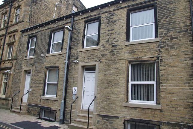 Thumbnail Flat to rent in Ferguson Street, Halifax
