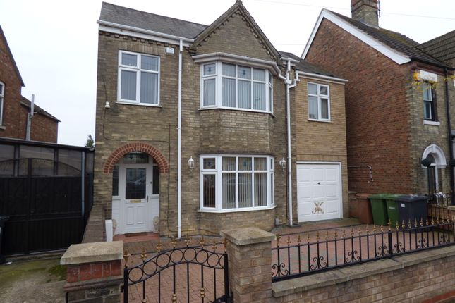 Thumbnail Detached house for sale in London Road, Fletton