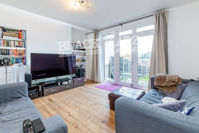 Thumbnail Town house to rent in Netherlands Road, New Barnet, Barnet