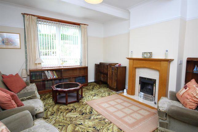 Lounge of Broadstone Avenue, Port Glasgow PA14