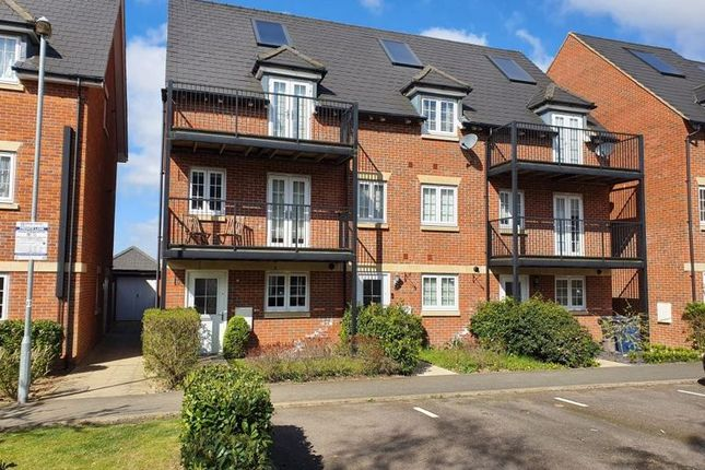 Thumbnail End terrace house for sale in Kingshill Drive, High Wycombe
