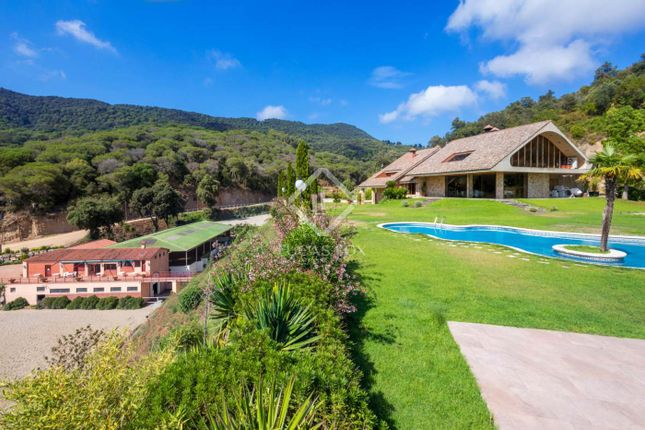 Thumbnail Equestrian property for sale in Spain, Barcelona North Coast (Maresme), Sant Andreu De Llavaneres, Mrs7659