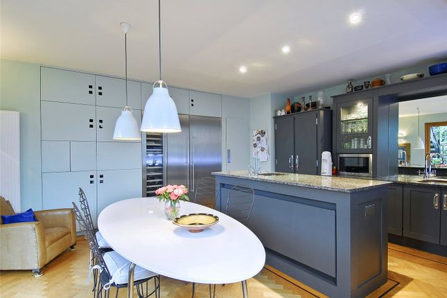 Thumbnail Property to rent in Fulham Road, London