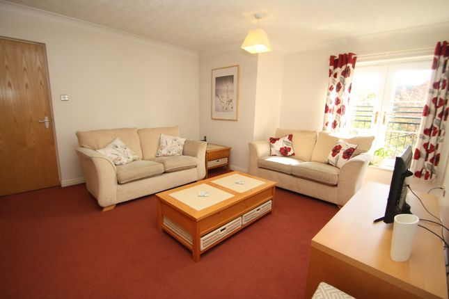 Thumbnail Flat to rent in 4 Tiverton Court, Blakemere Drive, Kingsmead, Northwich, Cheshire