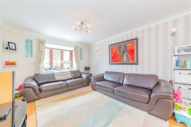 Living Room of Shire Avenue, Fleet, Hampshire GU51