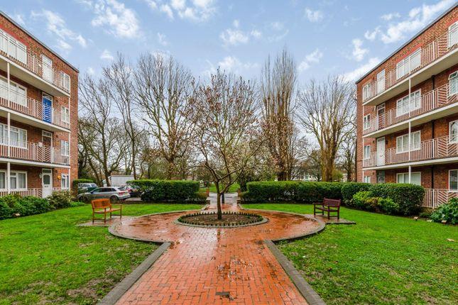 Communal Gardens of Rosemont Road, Acton W3
