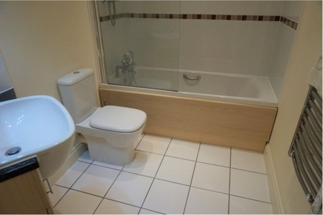 Bathroom of Clifton Drive South, Lytham St. Annes FY8