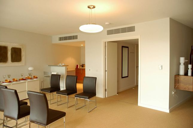2 bed flat to rent in Falcon Wharf, Wandsworth