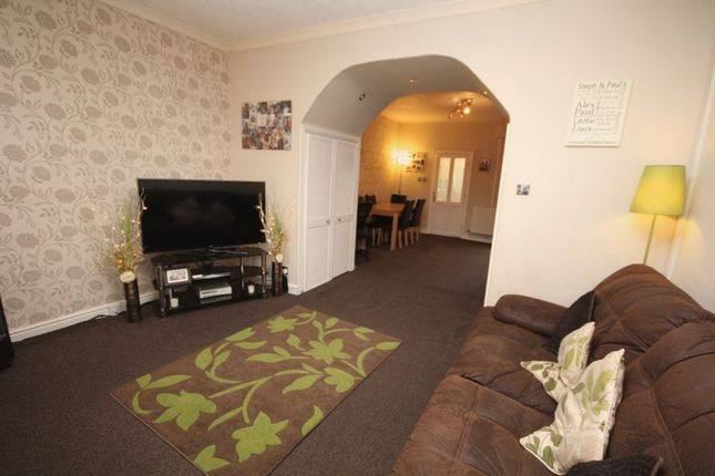 Thumbnail Terraced house for sale in Oldham Road, Lowerplace, Rochdale