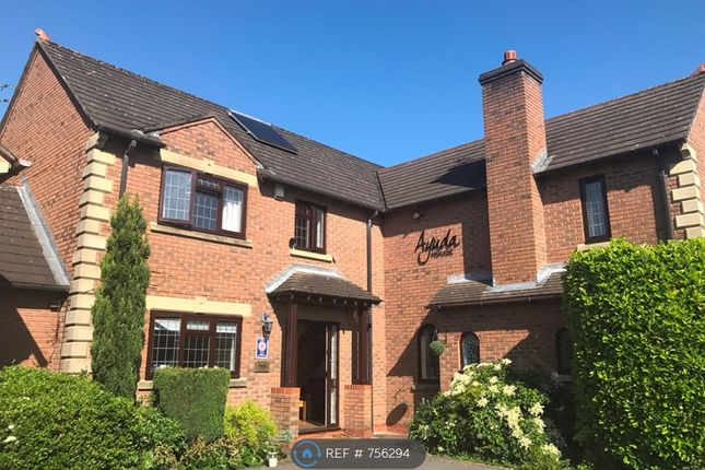Thumbnail Detached house to rent in Dean Drive, Bowdon, Altrincham