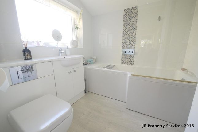 Bathroom of Highfields, Cuffley, Potters Bar EN6