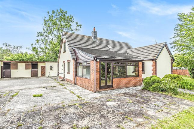 Thumbnail Bungalow for sale in Cae Mawr, Ffos Road, Llanwrtyd Wells