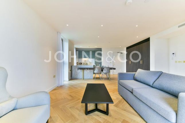 2 bed flat to rent in Heritage Lane, London