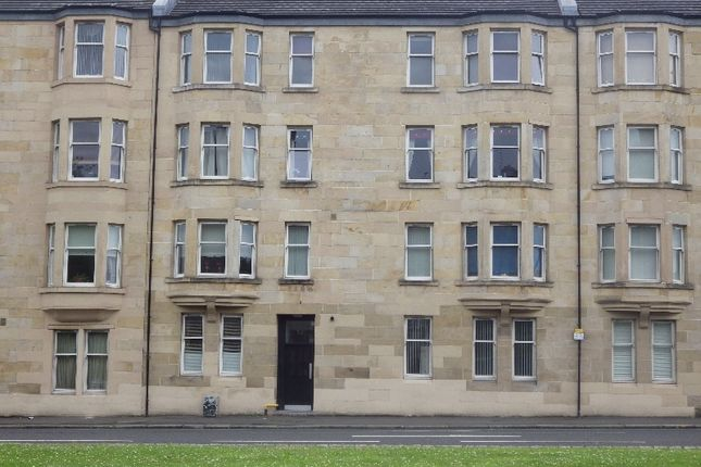 Thumbnail Flat to rent in Gordon Street, Paisley, Renfrewshire