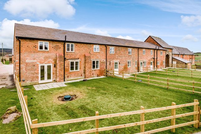 4 Bed Barn Conversion For Sale In Wrexham Road Ridley