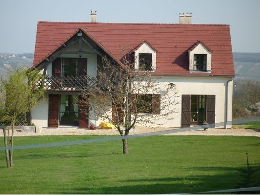 4 bed property for sale in Picardie, Aisne, Chateau Thierry