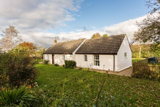 Thumbnail Cottage for sale in Forfar, Angus