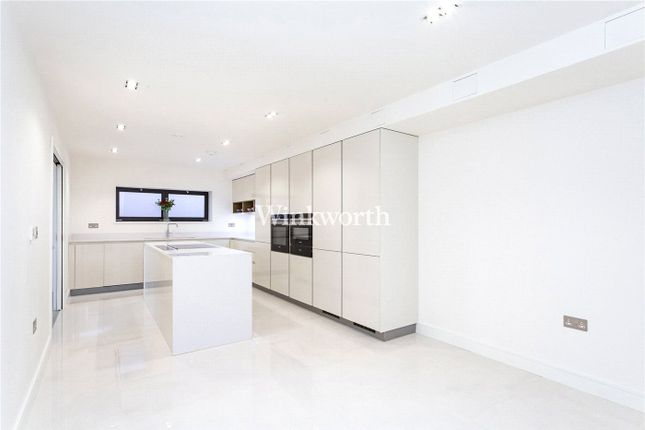 Thumbnail Flat to rent in Miramar Lodge, 28 Tenterden Grove, London