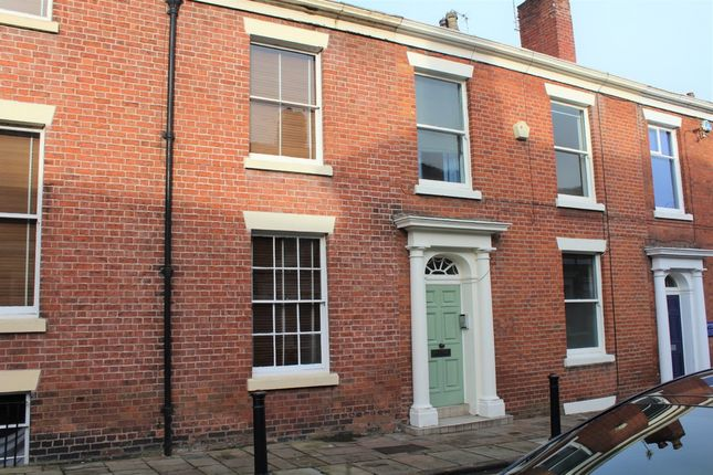 Thumbnail Terraced house to rent in Camden Place, Preston