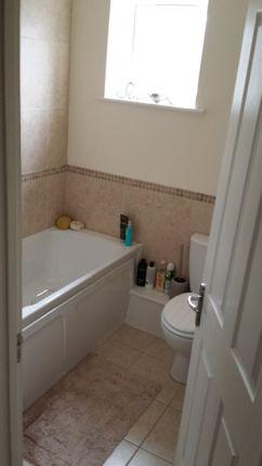 1 bed flat to rent in 287 Rainham Road, Rainham RM13