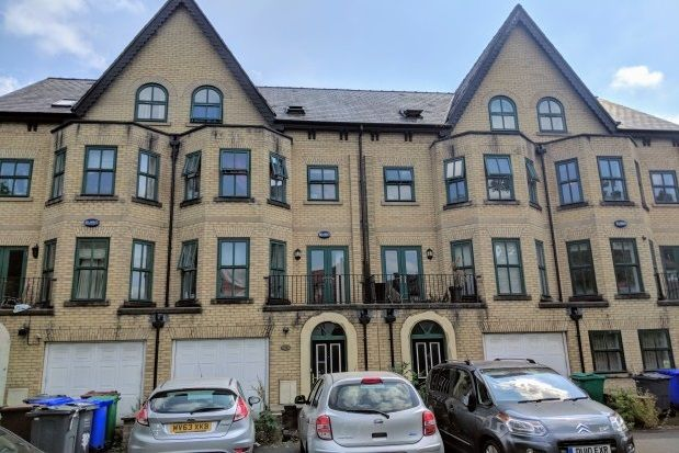 Thumbnail Mews house to rent in Denison Road, Manchester