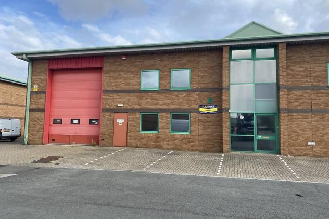 Thumbnail Industrial to let in Unit 5 Stephenson Court, Skippers Lane Industrial Estate, Middlesbrough