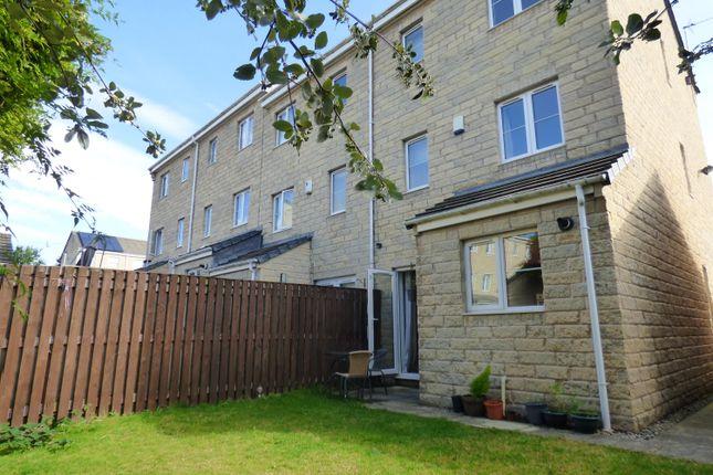 Thumbnail End terrace house to rent in Tundra Grove, Eldwick, Bingley