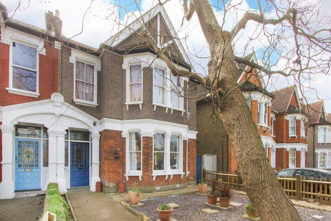 Thumbnail Flat to rent in Penerley Road, Catford