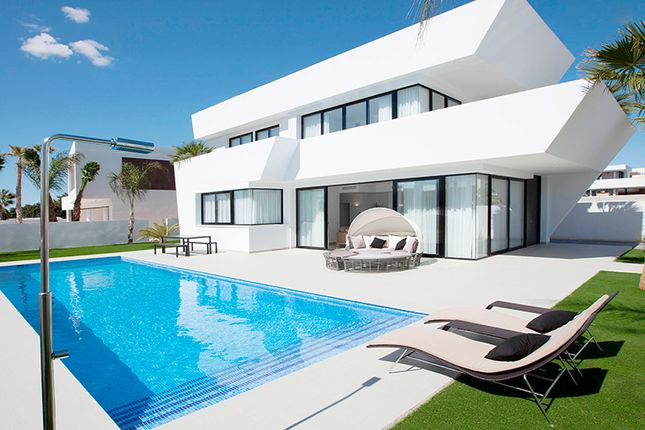 Thumbnail Villa for sale in Ciudad Quesada, Torrevieja, Alicante, Valencia, Spain