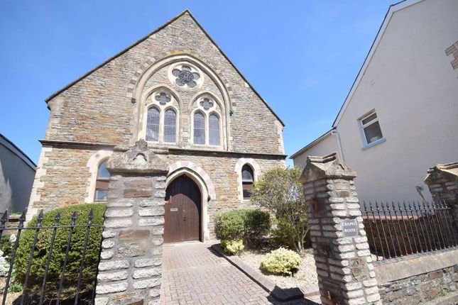 2 bed flat to rent in The Square, Northam, Bideford EX39