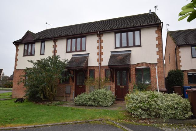 2 bed property to rent in Lapwing Close, Bicester