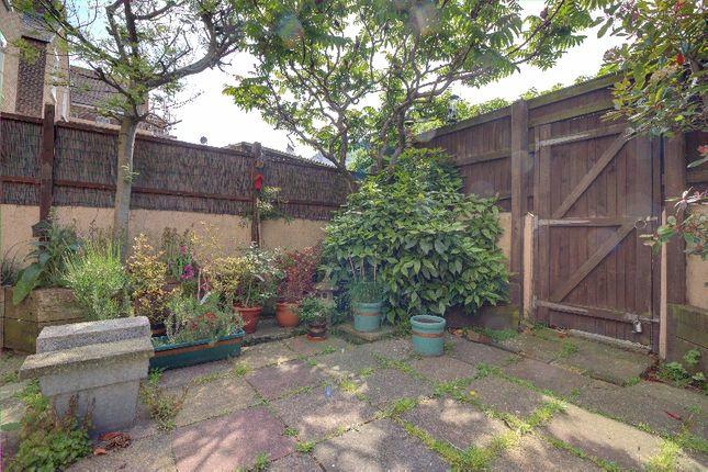 Courtyard of Elms Avenue, Eastbourne BN21
