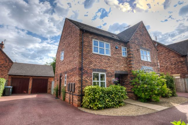 Thumbnail Detached house for sale in Farnell Drive, Stratford-Upon-Avon
