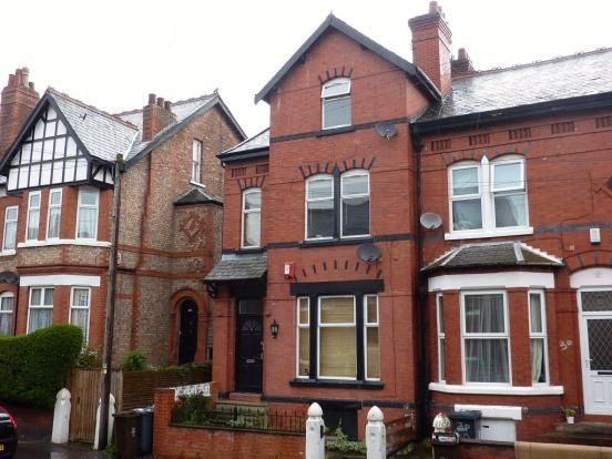 Thumbnail Flat to rent in Grosvenor Road, Manchester