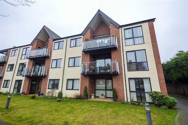 2 bed flat for sale in Rosyln Court, Burton Joyce, Nottingham