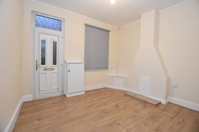 Thumbnail Terraced house to rent in Allen Street, Hartshill