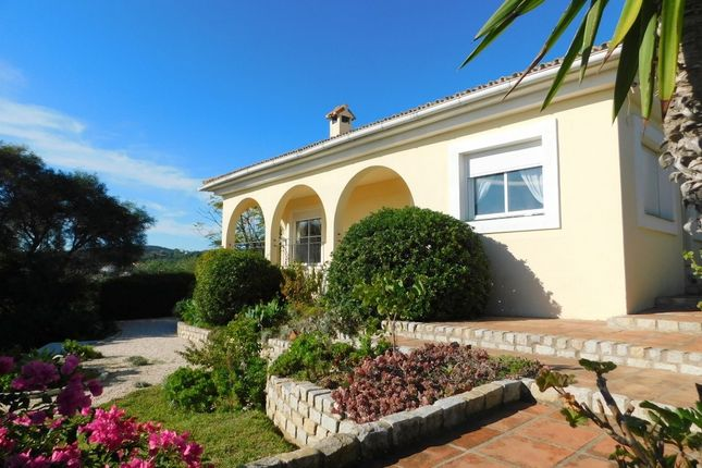 Thumbnail Villa for sale in 29692 La Duquesa, Málaga, Spain